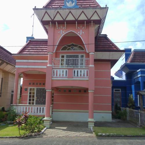 Villa New Vera Pink, Cianjur