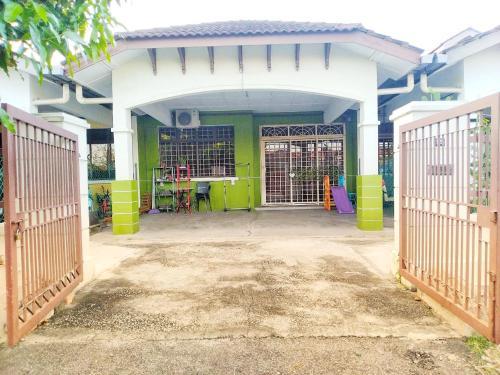 HOMESTAY PASIR GUDANG, Johor Bahru