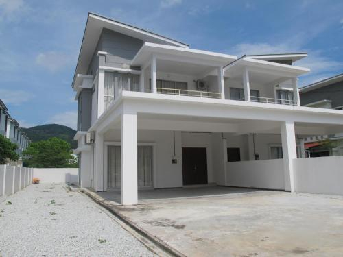 Properties Homestay, Balik Pulau, Barat Daya