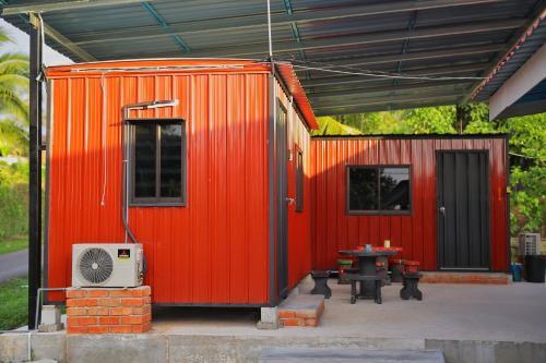 Padang Besar Red Cabin Homestay, Perlis