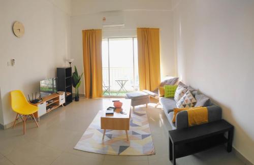 Wake Up in Suriamas Condominium at Bandar Sunway, Kuala Lumpur