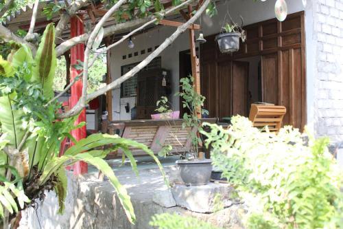 Sanjaya Guesthouse, Sleman