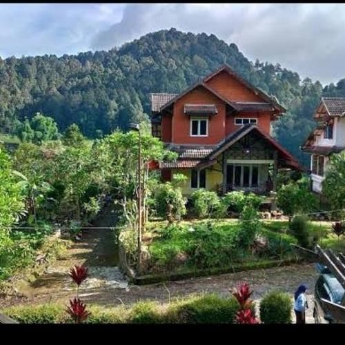 Villa Captain Elwin Argapuri Gambung, Ciwidey, Bandung