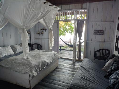 Sanctum Una Una Eco Dive Resort, Tojo Una-Una