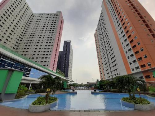 Green Pramuka City Studio GP Square by Karla Pesan b0oking, Central Jakarta