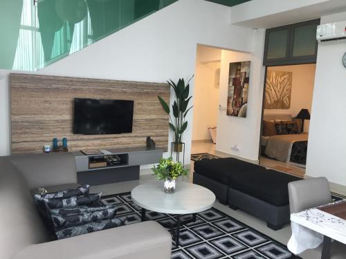 ACComo24 EVO Bangi Duplex Best Value near Kuala Lumpur, Hulu Langat