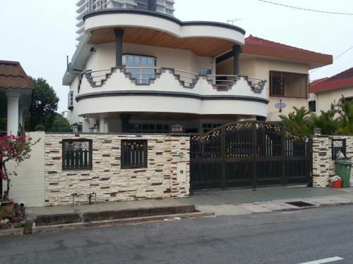 Bee's Villa, Pulau Penang