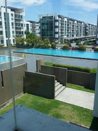 NY budget Home @ Cyber City Apartment, Penampang
