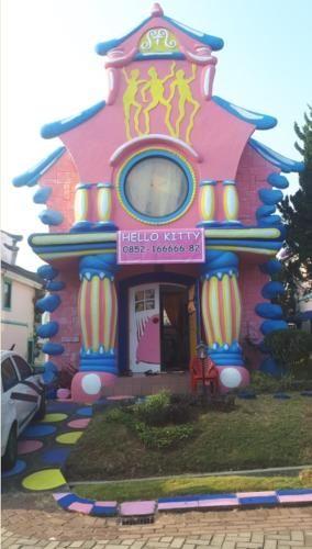 Villa Hello Kitty Kota Bunga Puncak, Cianjur