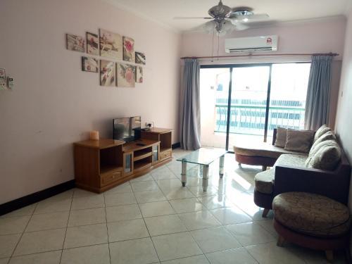 Borneo Holiday @ Marina Court Condominium, Kota Kinabalu