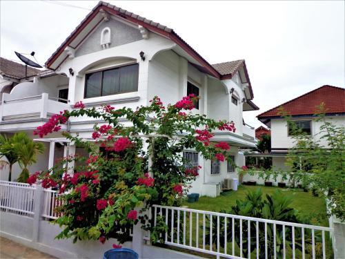 Calv-Inn, Bang Lamung