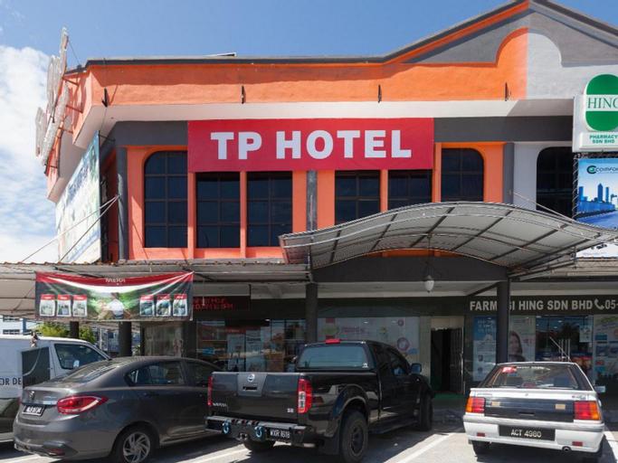 OYO 43915 T P Hotel, Manjung