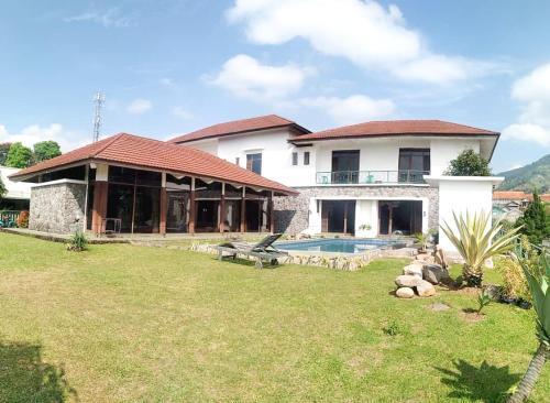 Sewa villa bukit danau puncak ciloto, Cianjur