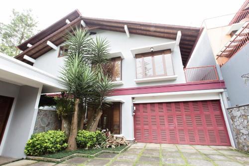 Rumah Pelita - Homey Villa near Lembang | FREE WIFI!, Bandung