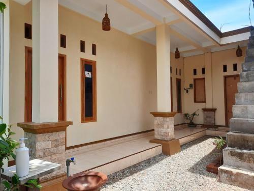 Watukarung Kaderi's Home, Pacitan