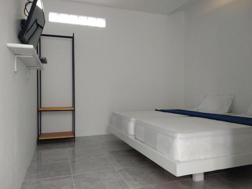 Mokkolipa Guesthouse, Alor