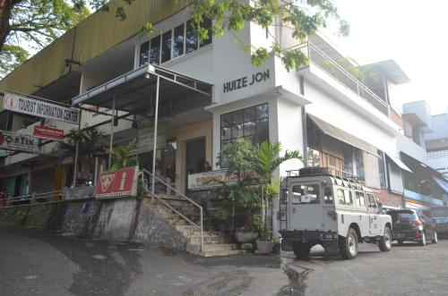Huize Jon Hostel, Malang