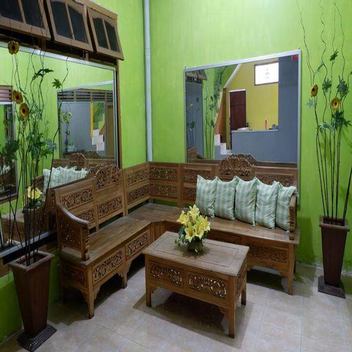 Dul Haus Ir Guest House Syariah, Malang