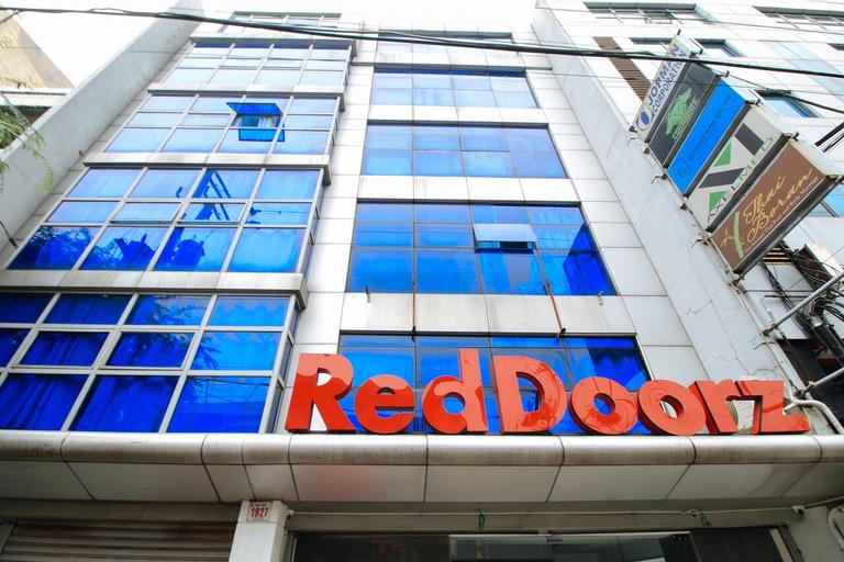RedDoorz Plus @ San Marcelino Malate, Manila
