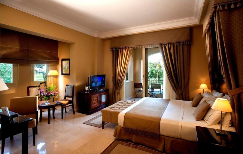 Stella Sea Club Hotel, 'Ataqah