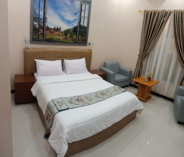 DEWIZA HOTEL & CONVENTION HALL, Serang