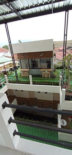 Alamii Kaoem Guest House, Cianjur
