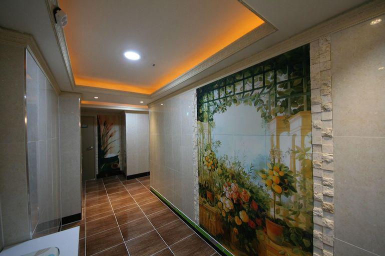 Ivy House, Seongbuk