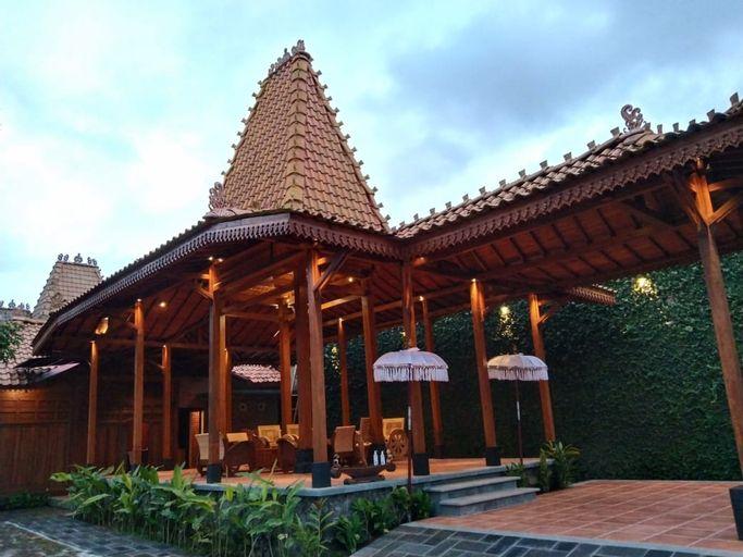 Villa Wirahita, Sleman