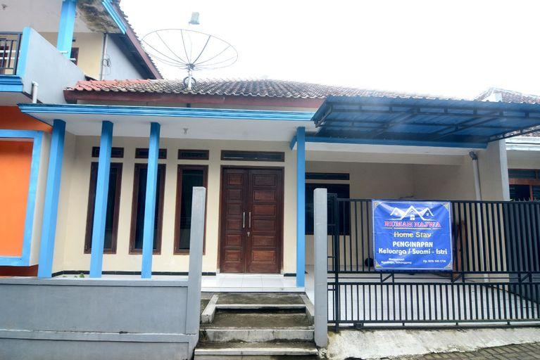 Najwa Homestay Syariah Near Pasar Ngadirejo By IDH, Temanggung
