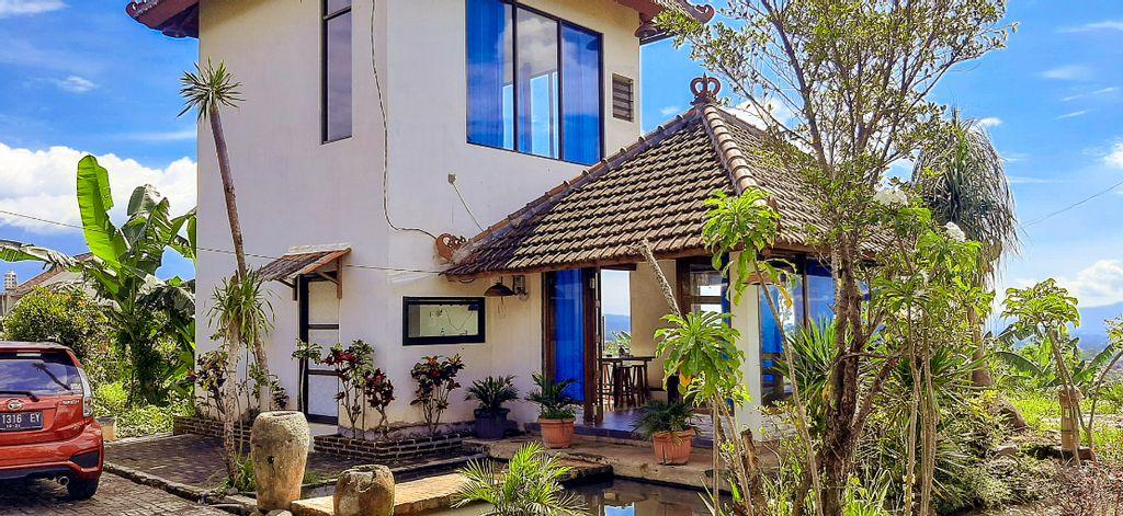 DAU Villa Malang by ecommerceloka, Malang