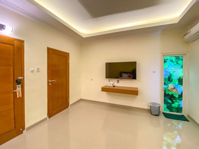 RedDoorz Premium near Museum Angkut Batu 3, Malang