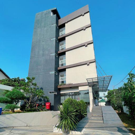 Azka Hotel Managed by Salak Hospitality, Jakarta Timur