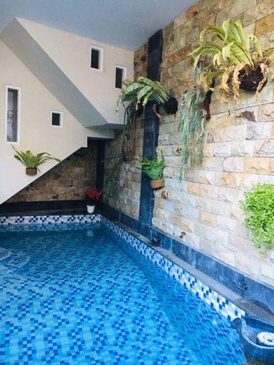 Villa Ganesha, Kusuma Pesanggrahan Bromo 20, Batu, Malang