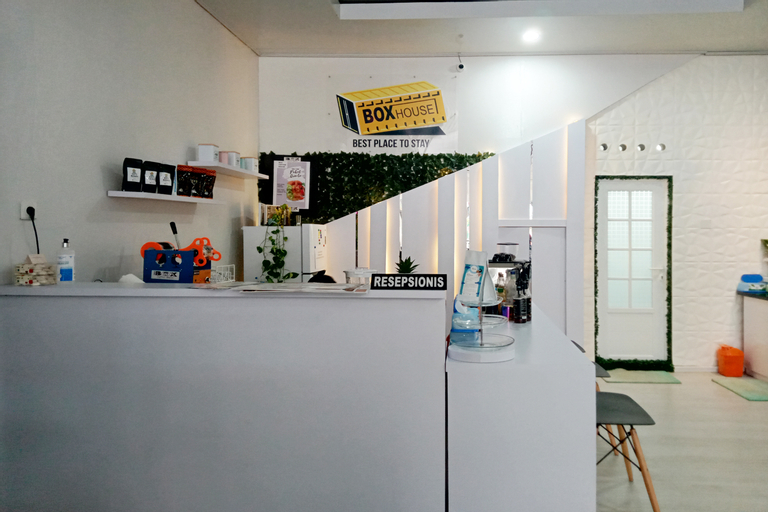 OYO 90399 Box House, Bandar Lampung