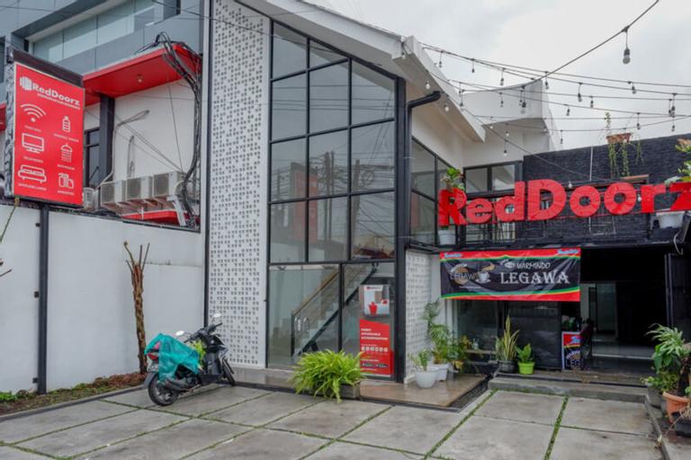 RedDoorz @ Demangan Sari Residence, Sleman