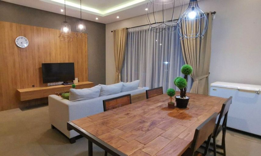 2BR Luxury Villa with Garden at Vimala Hills, Bogor