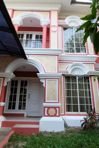 Min 7 days Minimalist 3BR TownHouse in The Green BSD City, Tangerang Selatan