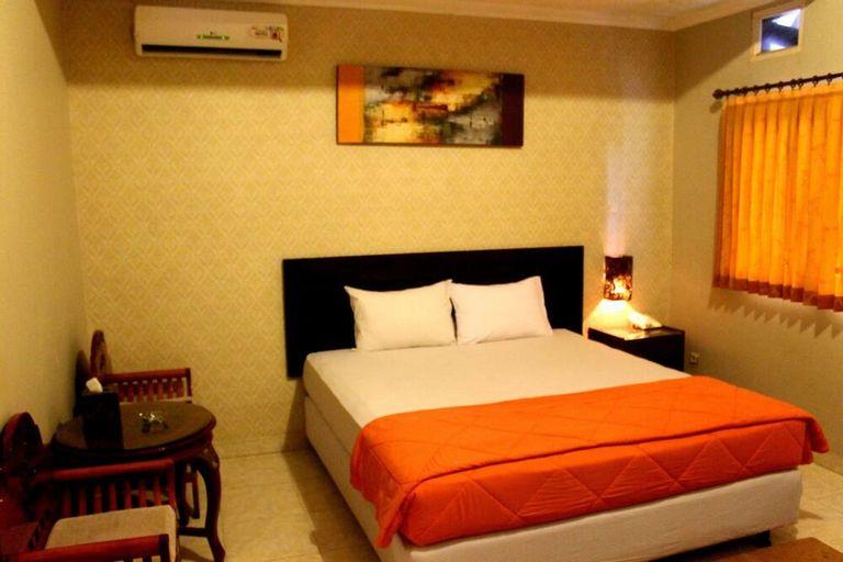 Crown Hotel Lombok, Lombok