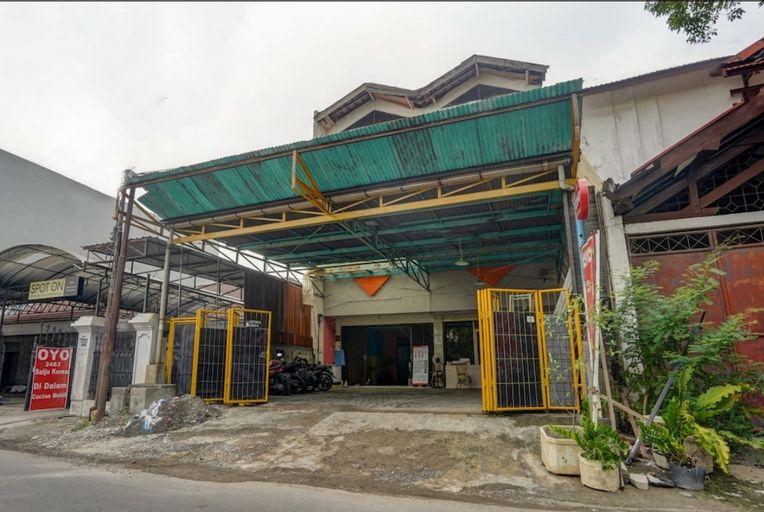 Lia House, Surabaya
