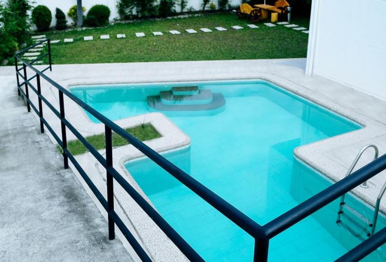 RedDoorz Plus @ Casareal Hotel, Concepcion