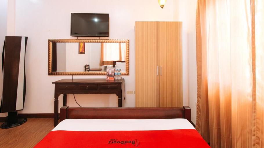 RedDoorz Plus @ New Orleans Auberge Hotel, Tagaytay City
