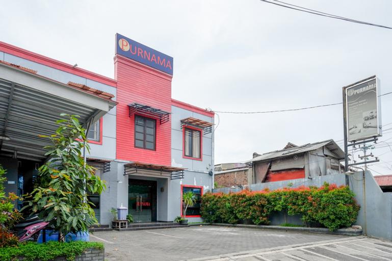 RedDoorz near Wisata Kota Lama Semarang, Semarang