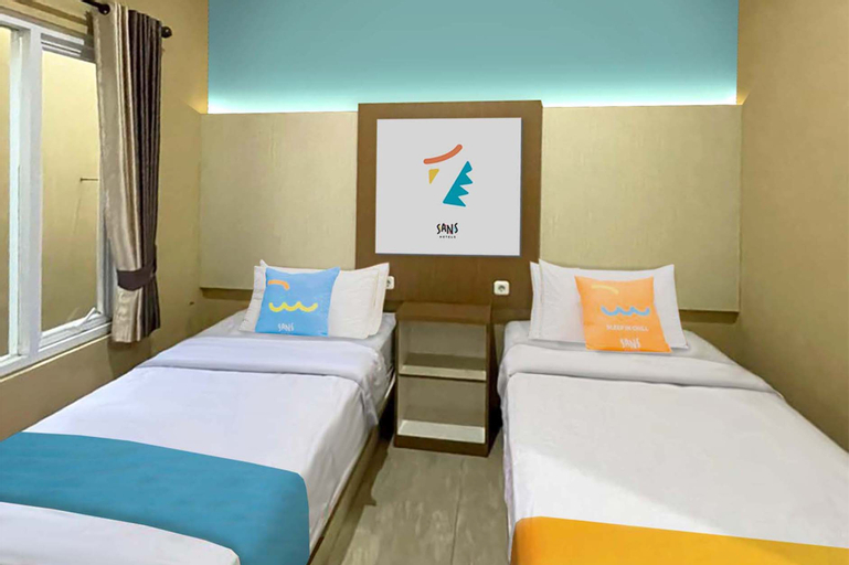 Sans Hotel Budaya Cirebon, Cirebon