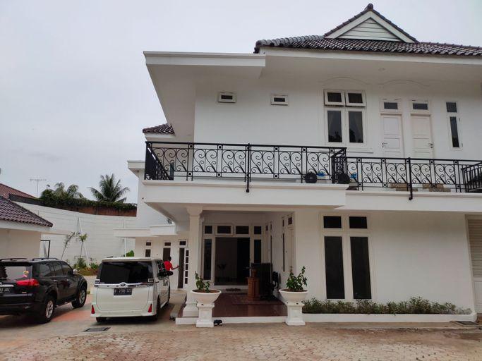 OYO 90449 Griya Cendrawasih Syariah, Tangerang Selatan