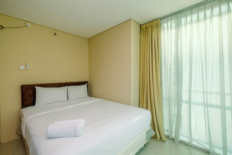 Cozy Stay 2BR Apartment Woodland Park Residence By Travelio, South Jakarta