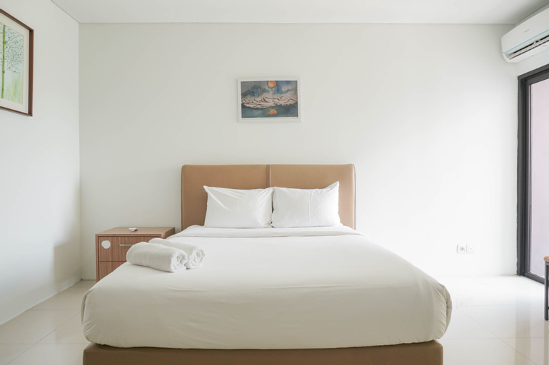Comfort and Simply Studio Tamansari Semanggi Apartment By Travelio, South Jakarta
