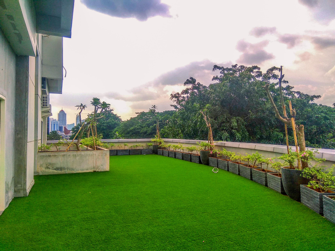 Brand New and Best Studio Bellevue Place Apartment By Travelio, South Jakarta