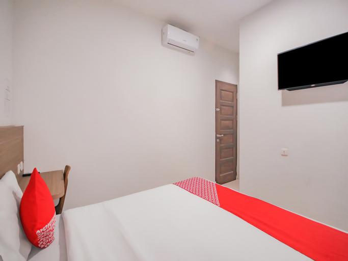 OYO 90306 Mmtc2 Guest House, Medan