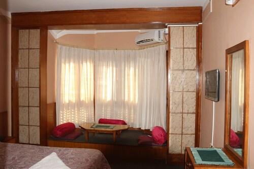 Hotel candle inn, Gandaki