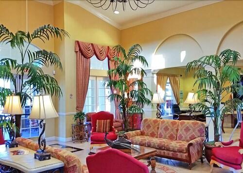 Penthouse Pleasure at Vista Ca, Orange